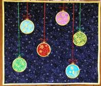 Christmas Ball Wall Quilt