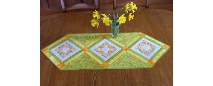 Garden Flowers Table Runner image 1