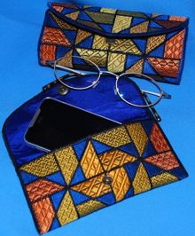 Glass-Case, Purse or iPhone Case in the Hoop