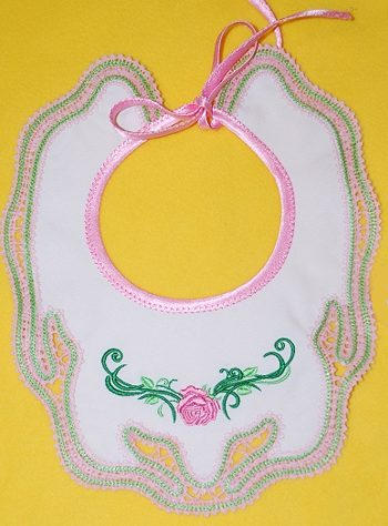 Laced-Edged Baby Bib in-the-Hoop (ITH)