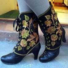 Embroidered Gaiters-in-the-Hoop