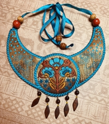 Folk Art Gorget Necklace In-the-Hoop (ITH) machine embroidery designs