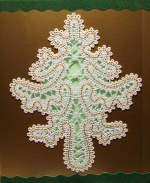 FSL Battenberg Christmas Tree Lace