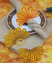 FSL Battenberg Turkey Tail Napkin Ring and Corner Lace Set