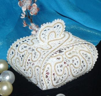 FSL Battenberg Lace Wedding Favor Box