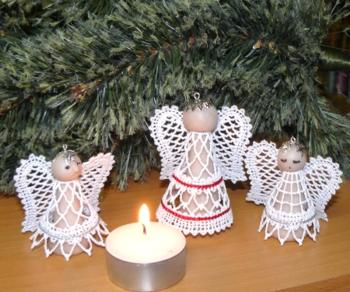 FSL Battenberg Lace Vintage Angel Ornament Set
