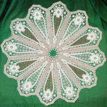 FSL Battenberg Star Flower Doily