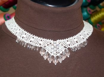 FSL Elegant Bobbin Lace Necklace