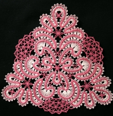 Freestanding Lace Reverie Doily