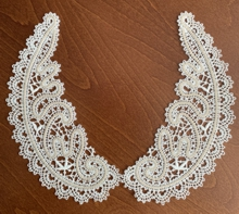 Freestanding Battenberg Lace Collar