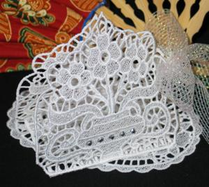 Primrose Napkin Holder and Doily Set