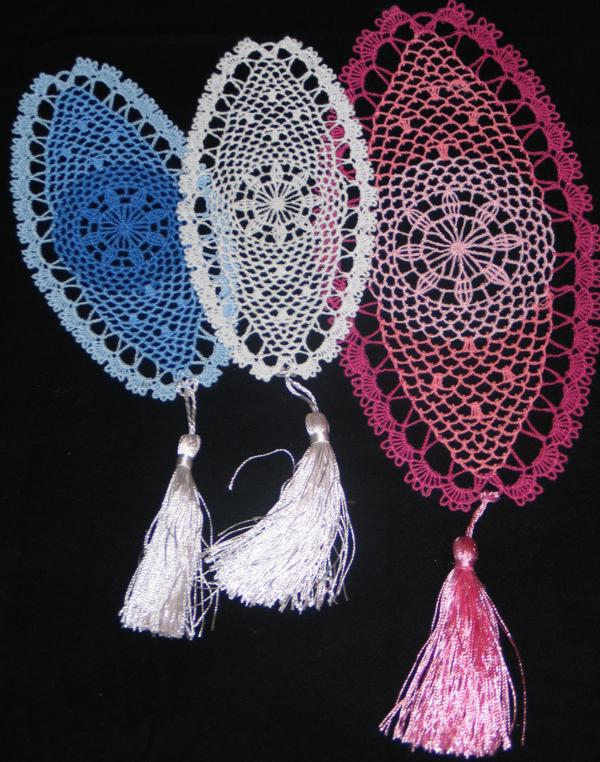 ... Embroidery Designs - FSL Crochet Dream Catcher Bookmark or Doily Set