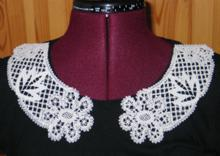 FSL Battenberg Daisy Lace Collar
