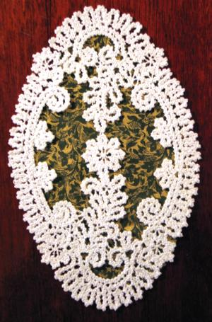 FSL Battenberg Flower Wreath Doily