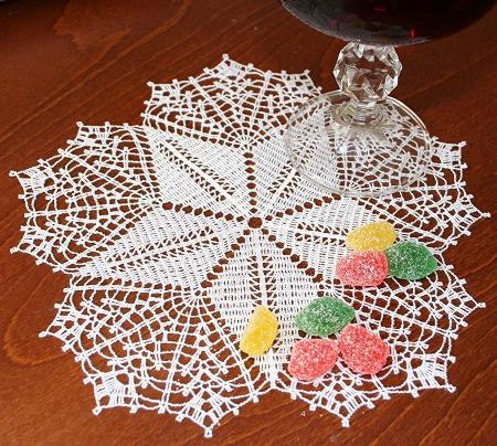 Crochet Pattern Central Free Filet Crochet Pattern Link Directory : CROCHET DOILY LARGE PATTERN STAR - Crochet ? Learn How to ...