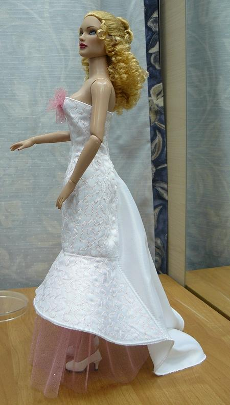 Ball/Wedding Dress with Train for Tonner 16-in Dolls (Now 25% Off!)