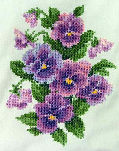 Pansy Lap Quilt Advanced Embroidery Designs