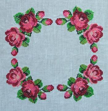 Rose Table Topper Advanced Embroidery Designs