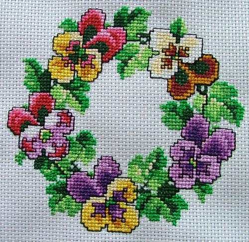 Additional embroidery design image 2