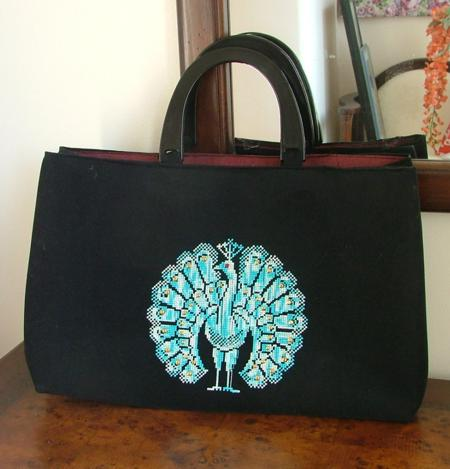 Peacock Hand Bag With Machine Embroidery - Advanced Embroidery Designs
