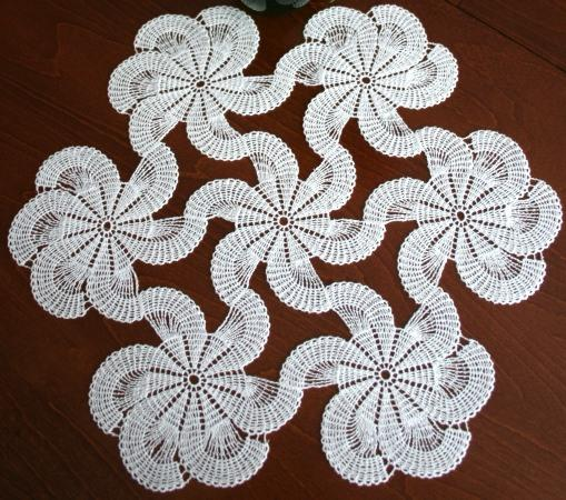 crocheted table runner pattern crochet free patterns car ...