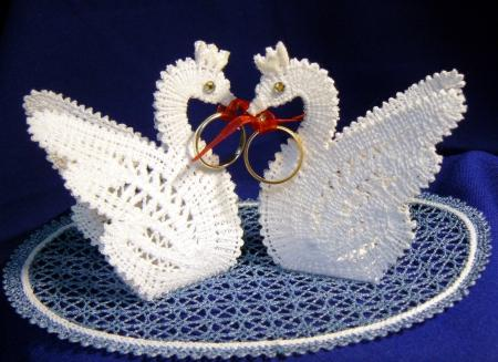 Fsl Battenberg Swan Lace Ring Bearers Advanced