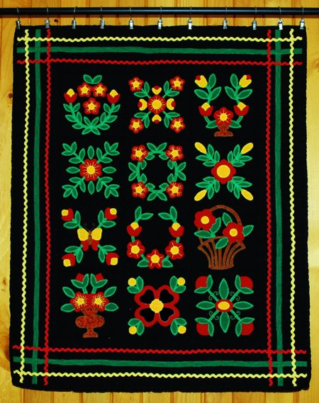 Flower Applique Wall Hanging Advanced Embroidery Designs
