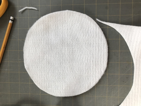 Felt circle for the backing.