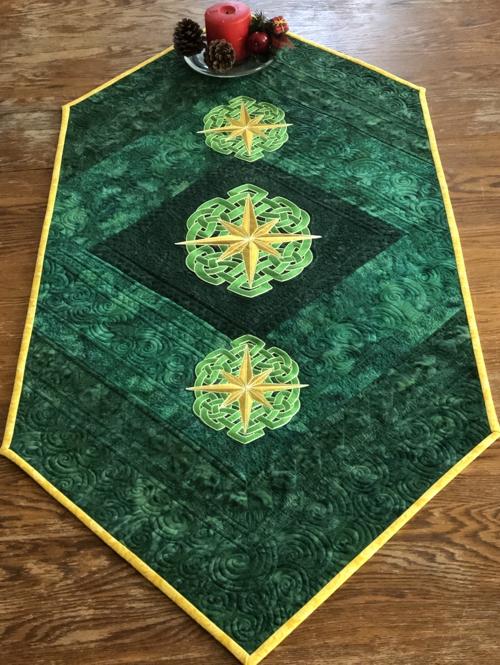 Celtic Star Christmas Tablerunner