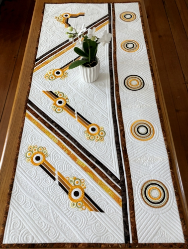 Lines and Circles Quilted Table Runner