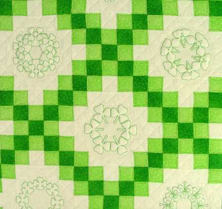 Irish Double Chain Quilt Pattern Free : Double Irish Chain Shamrock Quilt - Advanced Embroidery Designs