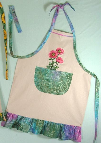 Linen aprons with embroidery advanced designs